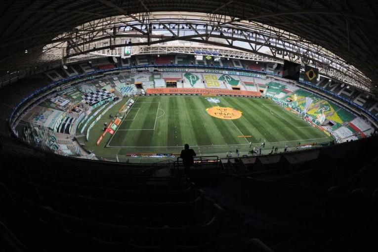 FPF e clubes decidem suspender Paulistão